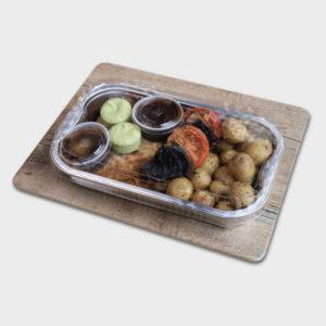 Schnitzel med potatis, tomat, portobello, örtsmör och vinägersky